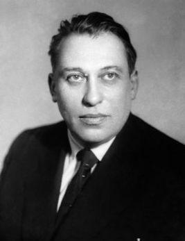 Советские писатели. Павел Нилин
