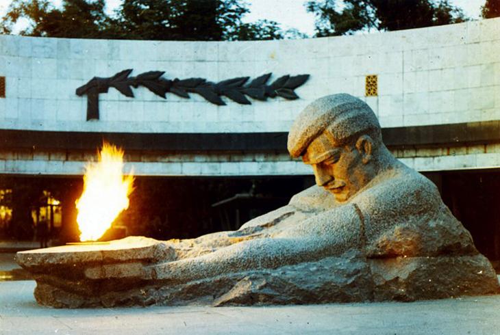 Памяти бакинских комиссаров
