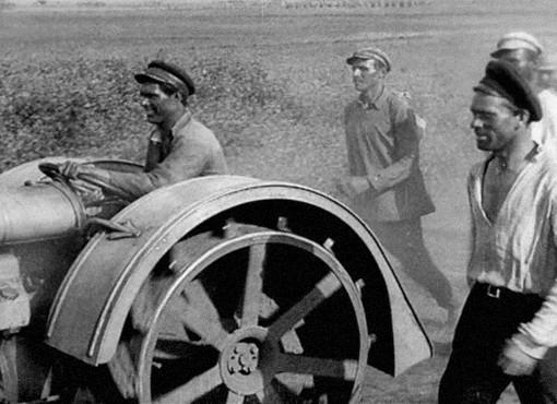 Памяти Александра Довженко, выдающегося красного режиссера, одного из основателей советского кино