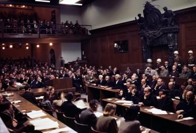 Нюрнбергский урок. В ночь с 15 на 16 октября 1946 года были приведены в исполнения смертные приговоры руководителям фашистской Германии.