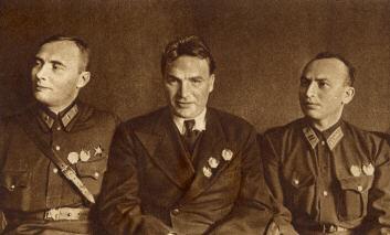 17 июня 1937 - Полёт команды Чкалова по маршруту СССР-США