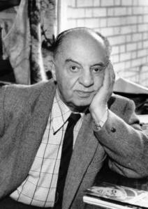 Памяти Леонида Захаровича Тра́уберга, советского кинорежиссёра и сценариста.