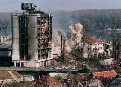 К годовщине со дня начала агрессии НАТО против Югославии. Дмитрий Королёв