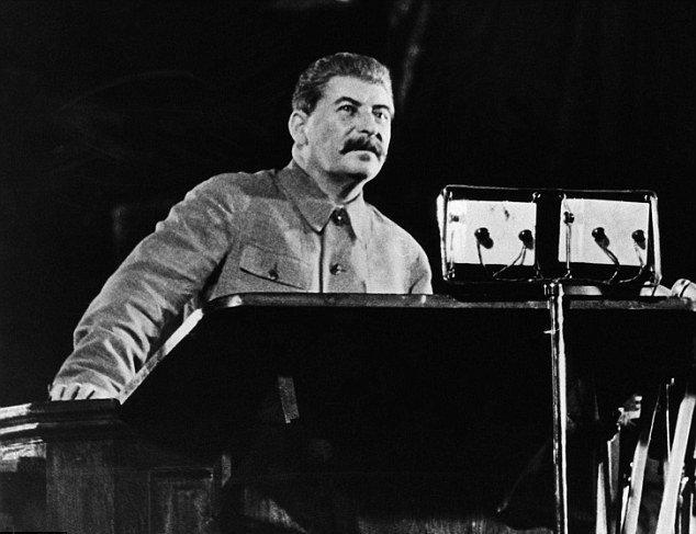 Доклад товарища Сталина. 6 ноября 1941 года. ПРИЧИНЫ ВРЕМЕННЫХ НЕУДАЧ НАШЕЙ АРМИИ